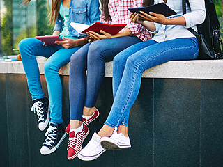 School District's Proposed Ban On Skinny Jeans as Anti-Bullying Tactic Met with Swift Backlash