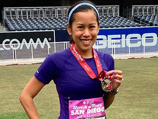 Woman with MS Running Marathons on All Seven Continents: 'I Just Have to Grit Through It'