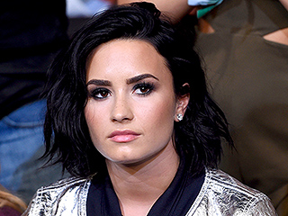 Demi Lovato Attends UFC Fight with Mom One Day After Announcing Wilmer Valderrama Split
