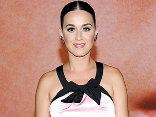 133 Stars – Including Katy Perry and Ellen DeGeneres – Sign Billboard Petition Demanding Tighter Gun Control
