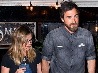 Jennifer Aniston and Justin Theroux Step Out (Again) for Romantic Date in N.Y.C.