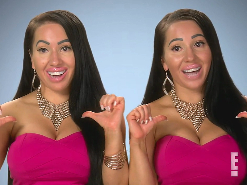 how to know if twins are identical