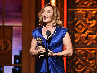 Jessica Lange Is Only One Award Away Now from EGOT After Nabbing Best Actress Tony