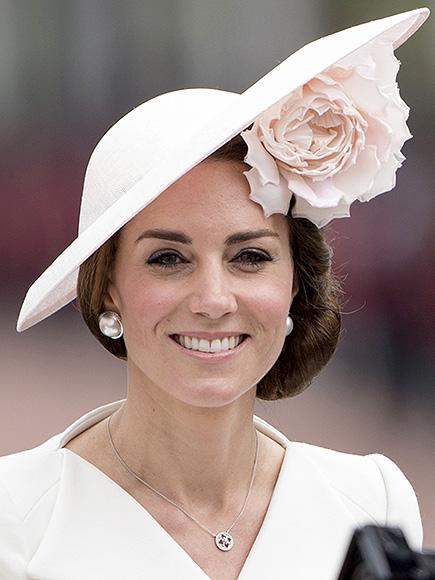 Princess Kate Wears Magnetic Earrings
