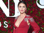 Tonys 2016: Keri Russell Makes First Red Carpet Appearance Since Giving Birth to Child with Matthew Rhys