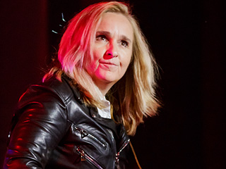 FROM EW: See Melissa Etheridge Performs Orlando Tribute Song 'Pulse' Live