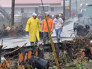 Flash Floods in West Virginia Kill 23, Including Toddler Swept Away from Grandfather's Grasp