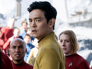 Star Trek Beyond Is Fast and Furious but Occasionally Kralls to a Halt: PEOPLE Review