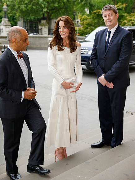 Sexy Kate! Princess Kate Goes Shoulder-Baring White for Summer