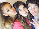 WATCH: Ariana Grande Reunites with Her Victorious Co-Stars
