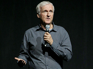 James Cameron Takes Dig at Star Wars: The Force Awakens: Sequel Lacked 'Visual Imagination'