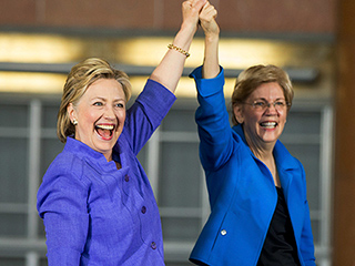Elizabeth Warren Campaigns for Hillary Clinton for First Time, Calls Donald Trump a 'Small, Insecure Money Grubber'