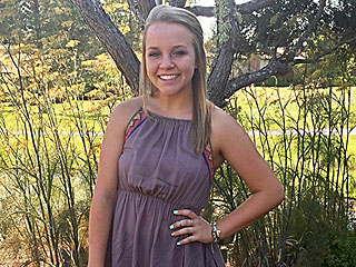 Meet the Teen Girl Praised by Hillary Clinton After She was Fired for Asking About $0.25 Pay Gap with Male Co-Worker
