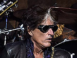 Joe Perry Returns to the Stage After Collapsing at a Show Earlier This Month