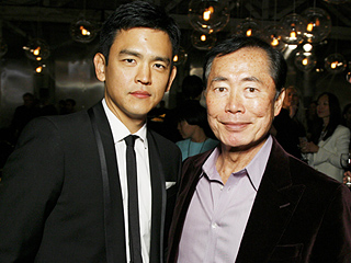 Star Trek Beyond Cast Says There's No 'Spat' with George Takei Over Gay Sulu: 'It's a Great Discussion to Have'