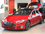 Navy Seal Killed While Using Autopilot in Self-Driving Tesla Vehicle