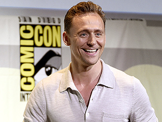 Tom Hiddleston's Naked Booty Wins Him British 'Rear of the Year' Award