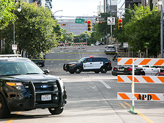 2 Shootings in Downtown Austin on Summer Night Leave 1 Dead, 4 Injured