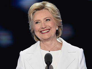 Oprah Winfrey, Kelly Clarkson, Kerry Washington and More React to Hillary Clinton's Nomination on Twitter