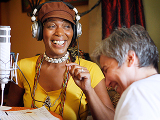 The Real Story Behind Miss Cleo: How a Junior TV Reporter Blew the Lid Off Her Psychic Scandal