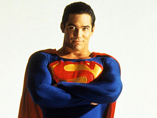 Dean Cain Is Getting Back Down to His NFL-Playing Weight After Reaching a Pre-Diabetic 235 Lbs.