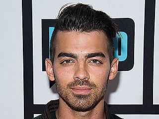 Joe Jonas Is 'Super Happy' with Brazilian Model Daiane Sodré: Source