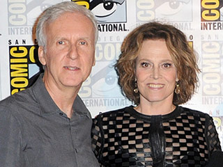 Sigourney Weaver and James Cameron Look Back at Aliens on Its 30th Anniversary: It's a Story of a Woman Who Is 'Mentally Strong'