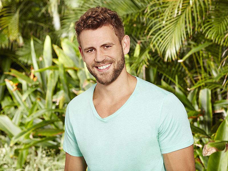 bachelor in paradise nick viall might officiate carly and