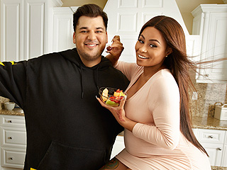Rob Kardashian and Blac Chyna Are 'Not in a Healthy Place,' Says Source, as Filming 'Causes Them to Fight Even More'