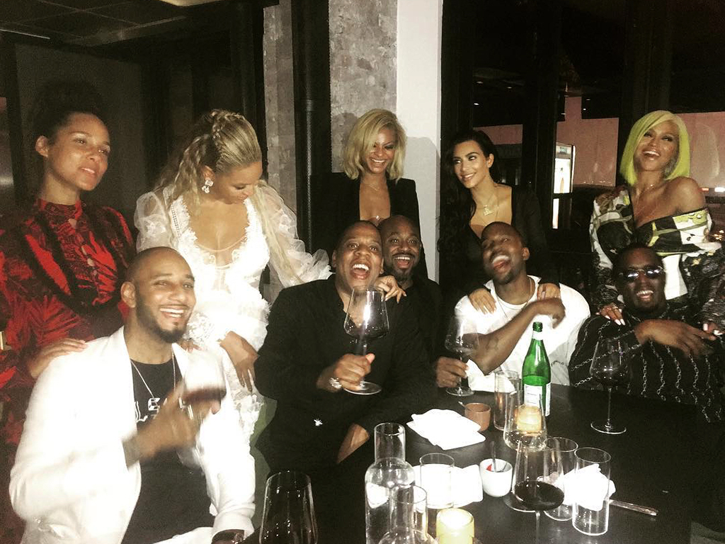 Beyonce, Jay Z, Kim, Kanye and Other Power Couples Pose for Photo