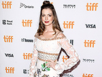 WATCH: Anne Hathaway on Her Post-Baby Body and Why Doing Burpees Is Suddenly a Breeze