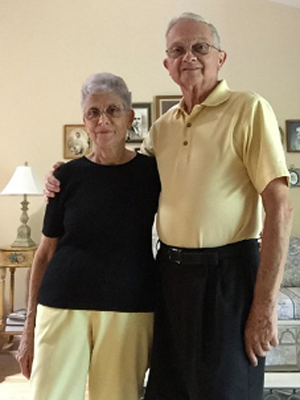Florida Couple Married 52 Years Have Worn Coordinating Outfits for Decades: 'We Match Deep Down Too'| Real People Stories, The Daily Smile