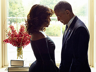Relationship Goals! The Internet Is Going Crazy Over This Photo of Barack and Michelle Obama Getting Cozy
