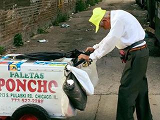Beloved 89-Year-Old Chicago Popsicle Vendor Retires After Neighborhood Raises $384K: 'No More Work,' He Says