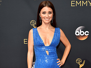 UnReal's Shiri Appleby and Singer Tori Kelly Share Their Best Fitness Tips