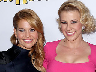 Candace Cameron Bure Posts Epic Throwback of Full House Cast on the 29th Anniversary of the Show