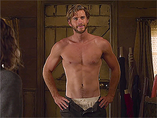 Liam Hemsworth 'Didn't Eat for Weeks' to Prep for Shirtless Scene in The Dressmaker