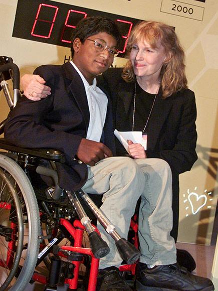 Mia Farrow's Son Thaddeus Has Died at 27| Dylan Farrow, Mia Farrow, Woody Allen