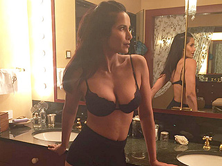 Padma Lakshmi Posts Sexy Lingerie Photo: 'Moms Do That Sometimes'