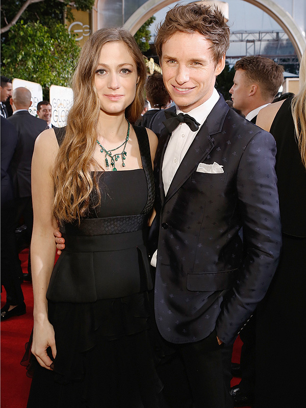 Golden Globes 2016 Eddie Redmayne Hannah red carpet