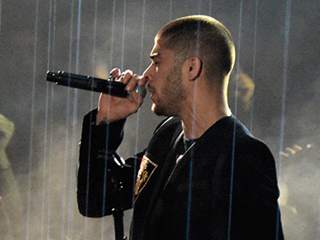 Zayn Malik Performs 'Like I Would' at the iHeartRadio Music Awards After His Solo Album Debuts at No. 1