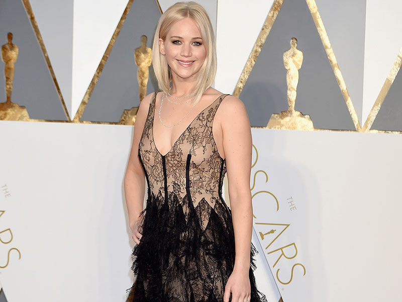 Oscar Fans Want to Know: Where is Jennifer Lawrence?  Academy Awards, Oscars 2016, Jennifer Lawrence