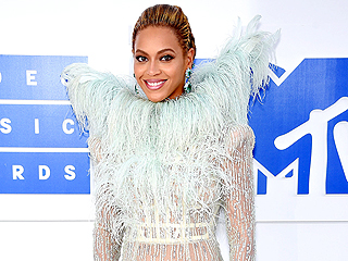 This Emmy Nominee Admits She'd 'Turn into a Puddle' If She Met Beyoncé
