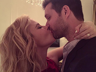 Tara Lipinski Is Engaged! See the Figure Skater's Dazzling Diamond Ring