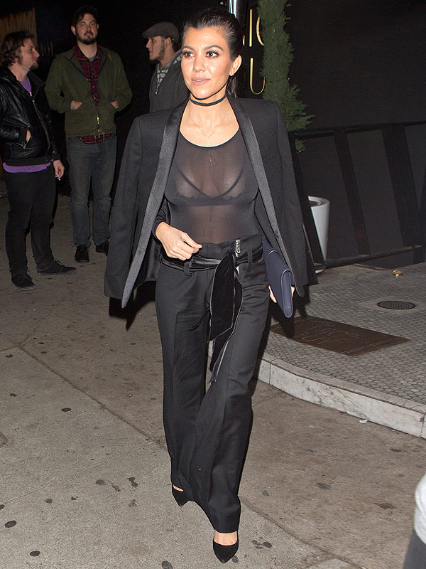 Kendall Jenner Rocks Crop Top On Night Out With Sheerly Amazing Sister Kourtney Kardashian