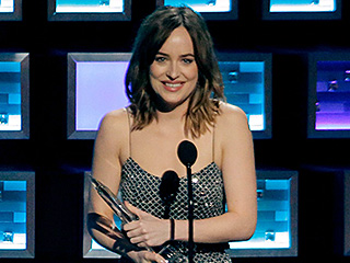 Dakota Johnson Explains What Really Happened with Her Wardrobe Malfunction at the People's Choice Awards