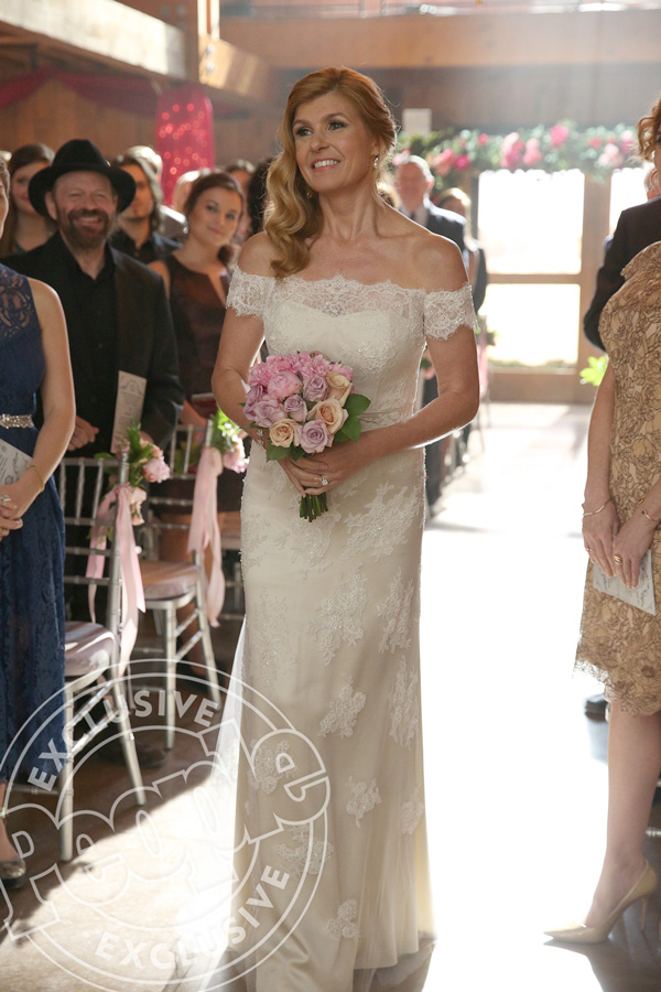 Nashville rayna and deacon wedding rayna s wedding dress for Wedding dresses in nashville