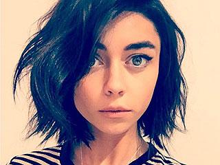 Sarah Hyland's Super-Dark Hair Makeover Still Has Us Floored