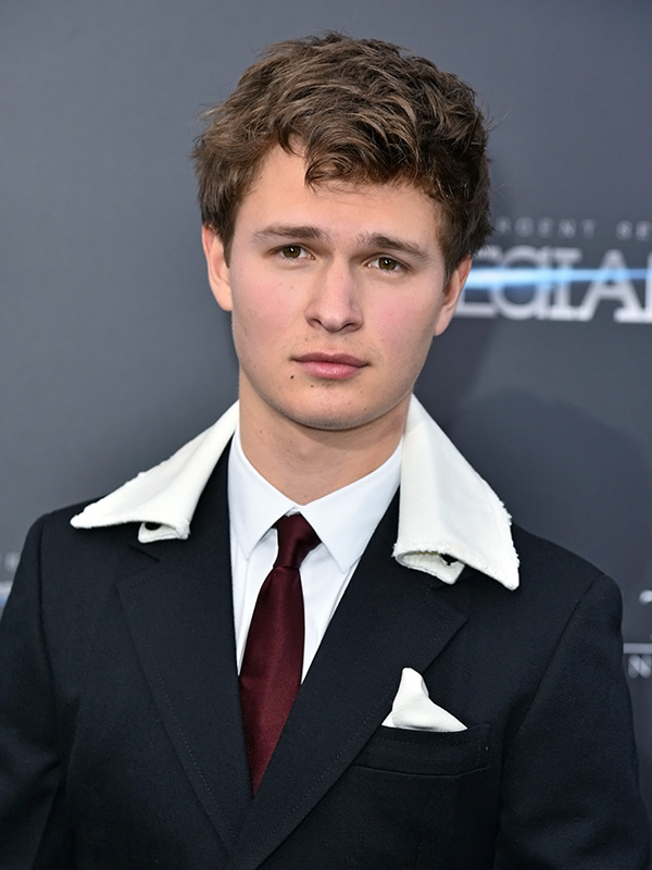 No, Ansel Elgort Did Not Wear a Towel to 'The Divergent ...