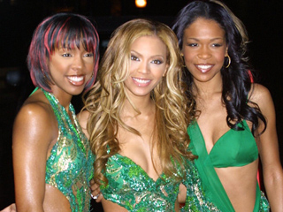 Kelly Rowland on Her Destiny's Child Makeup Moments: 'I Looked Crazy'